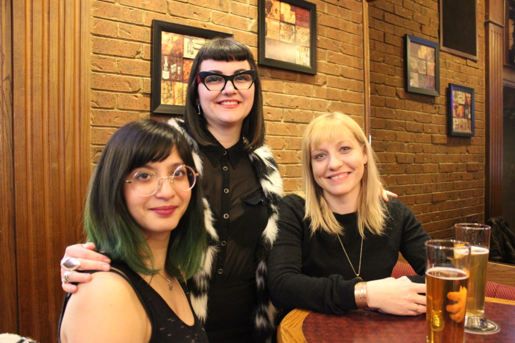 From Left: Pia Ravi, Jenna Lee Williams and Andrea Raylor at the Oliver Pub Crawl (Feb. 18/16)